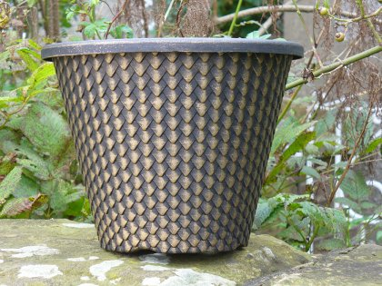 "The 11"" Pinecone Planter in the Black with Gold Wash colour combination"